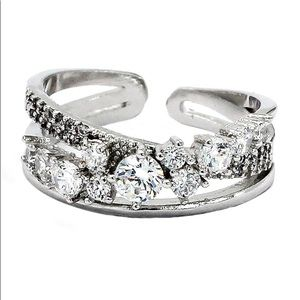 Fashion silver row sparkling crystal ring